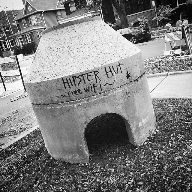 Hipster Hut - Free WiFi